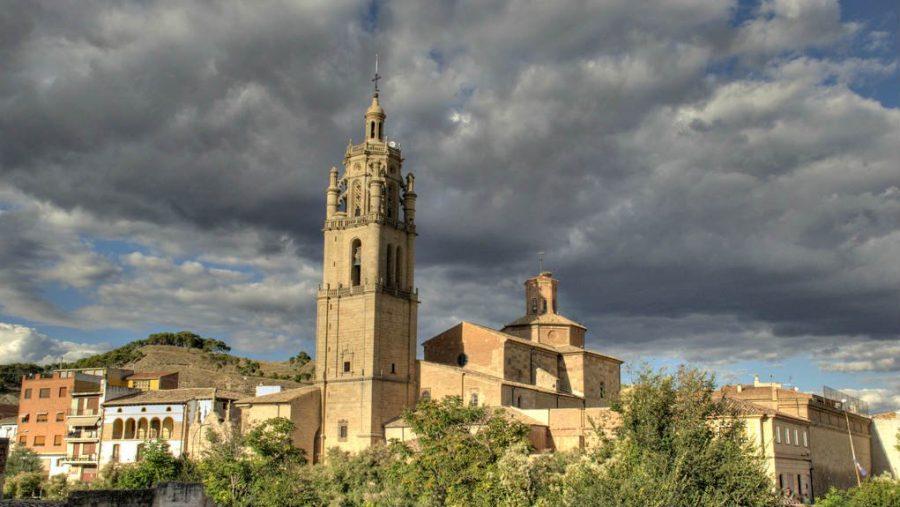 Torre de la iglesia de Santa María, Los Arcos, Navarra - Camino Francés :: Guía del Camino de Santiago