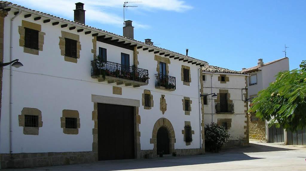 Casa señorial en Lorca, Navarra, Camino Francés :: Albergues del Camino de Santiago