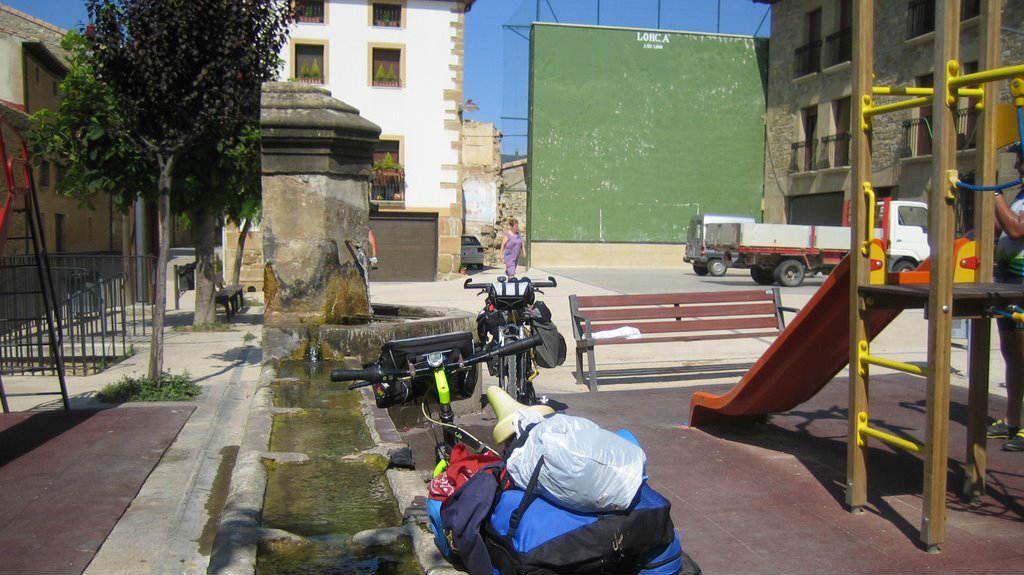 Plaza de Lorca, Navarra - Camino Francés :: Albergues del Camino de Santiago