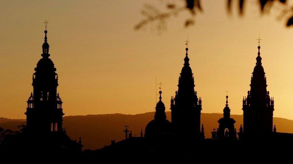 Torres de la Catedral de Santiago de Compostela :: Albergues del Camino de Santiago