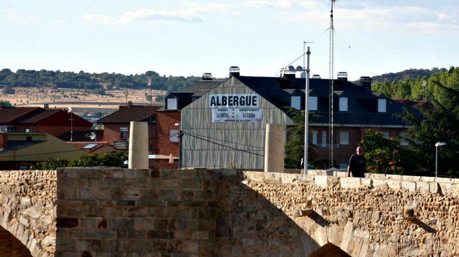 Albergue La Encina, Hospital de Órbigo, León :: Albergues del Camino de Santiago