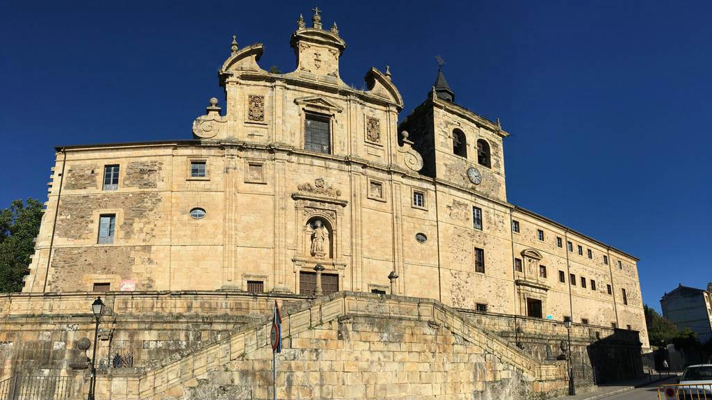 Albergue Hospedería San Nicolás El Real, Villafranca del Bierzo, León - Camino Francés :: Albergues del Camino de Santiago
