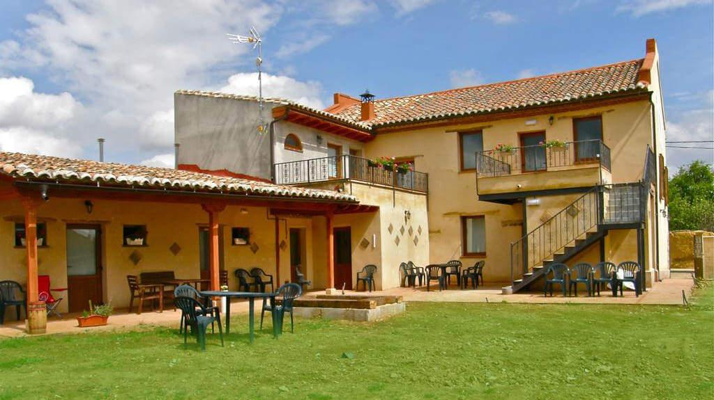 Albergue de peregrinos Hospital San Bruno, Moratinos, Palencia - Camino Francés :: Albergues del Camino de Santiago