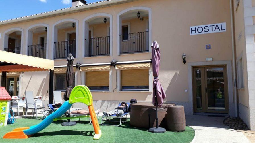 Hostal Albergue de Moratinos, Moratinos, Palencia :: Albergues del Camino de Santiago