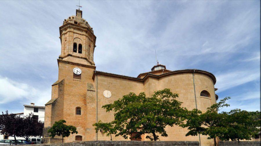 Parroquia de San  Pedro, Mañeru, Navarra - Camino Francés :: Guía del Camino de Santiago