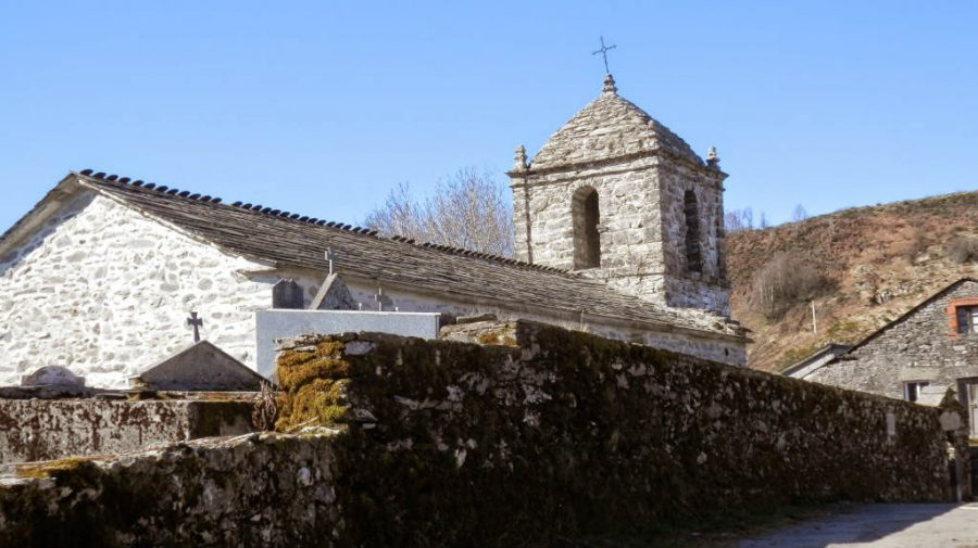 Iglesia de Santo Estevo, Liñares, Lugo - Camino Francés :: Albergues del Camino de Santiago