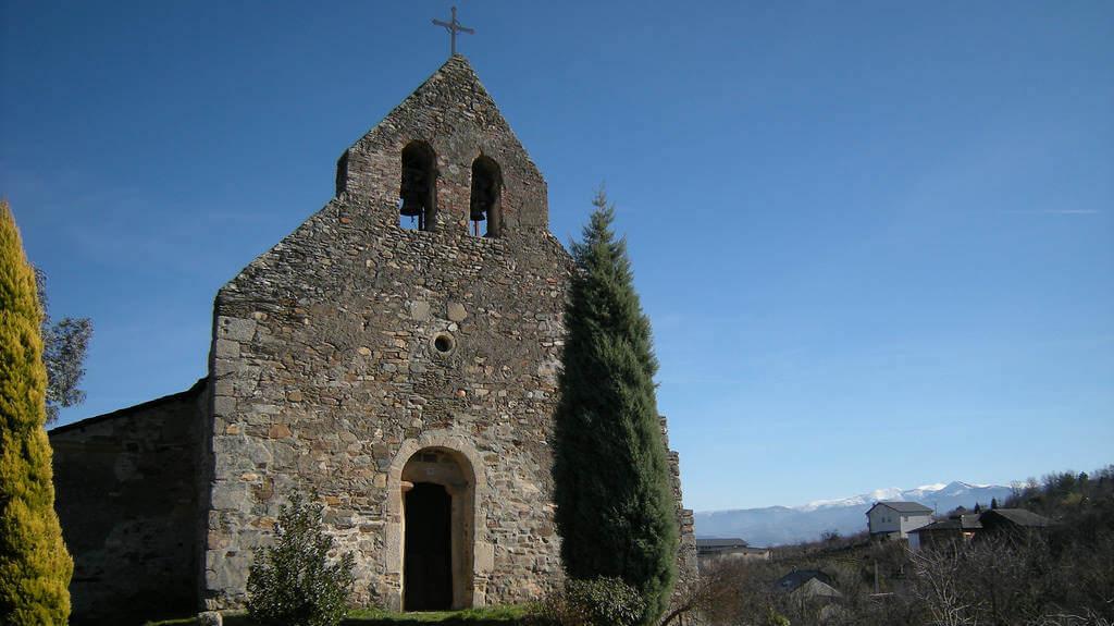 Iglesia de San Martín de Tours, Pieros, León :: Albergues del Camino de Santiago