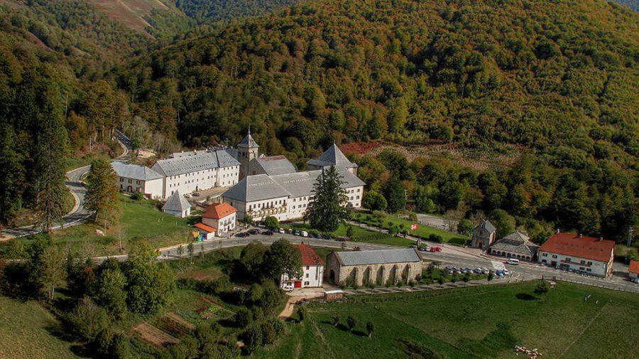 Vista de Roncesvalles, Navarra - Camino Francés :: Albergues del Camino de Santiago