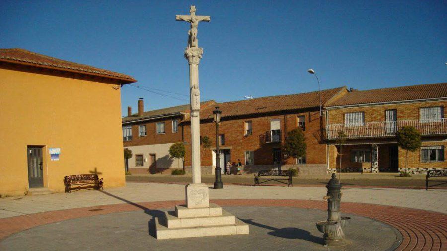 El Burgo Ranero, León - Camino Francés (Etapa de El Burgo Ranero a Mansilla de las Mulas) :: Guía del Camino de Santiago
