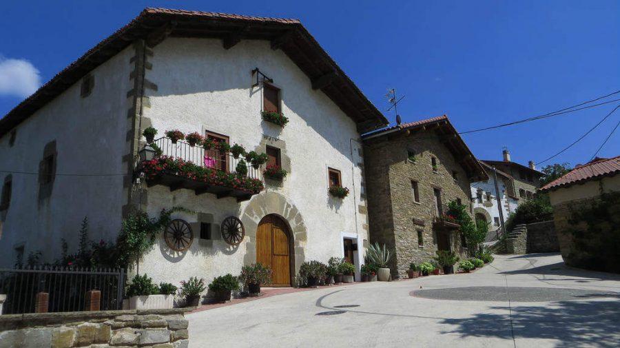 Ilarratz, Navarra - Camino Francés (Etapa de Zubiri a Pamplona) :: Guía del Camino de Santiago