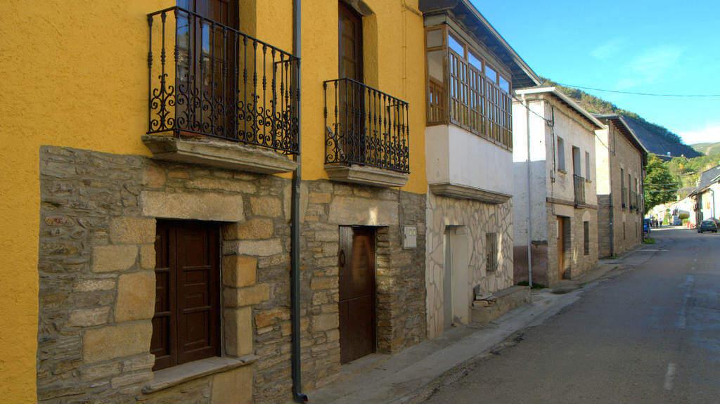 La Portela de Valcarce, León (Etapa Villafranca del Bierzo - O Cebreiro) :: Albergues del Camino de Santiago