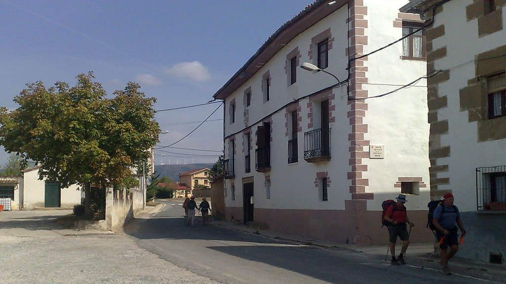 Muruzábal, Navarra (Etapa de Pamplona a Puente la Reina) :: Albergues del Camino de Santiago