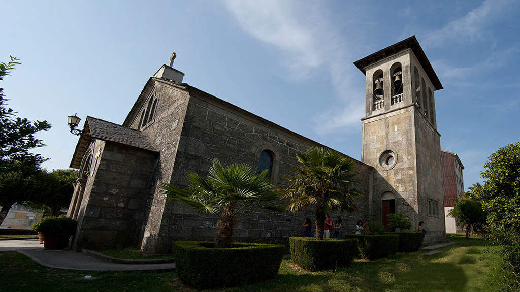 Iglesia de San Tirso, Palas de Rei :: Guía del Camino de Santiago desde Sarria
