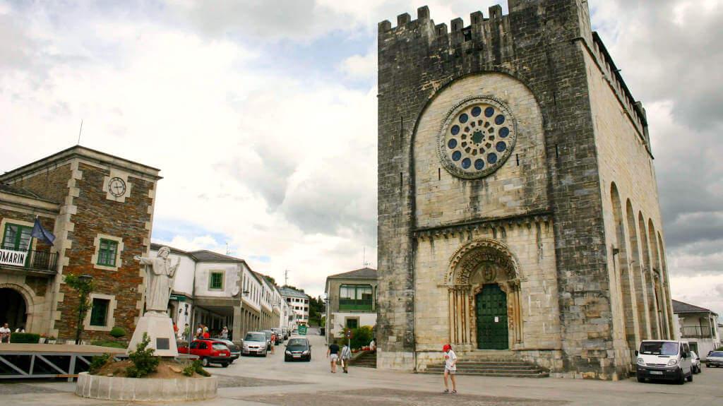 Portomarín, Lugo - Camino Francés :: Albergues del Camino de Santiago
