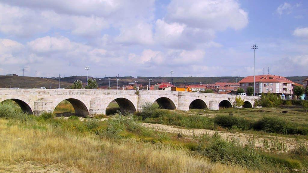 Puente Castro, León (Etapa de Mansilla de las Mulas a León) :: Albergues del Camino de Santiago