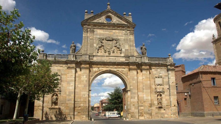 Sahagún, León - Camino Francés (Etapa de Sahagún a El Burgo Ranero) :: Guía del Camino de Santiago
