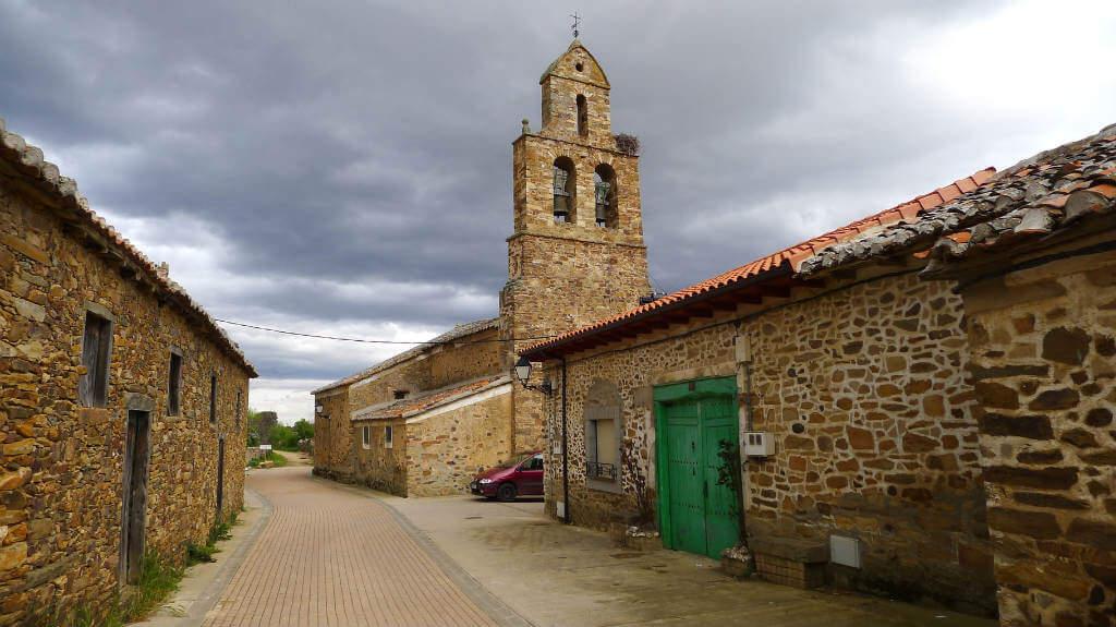 Santa Catalina de Somoza, León (Etapa Astorga - Rabanal del Camino) :: Albergues del Camino de Santiago