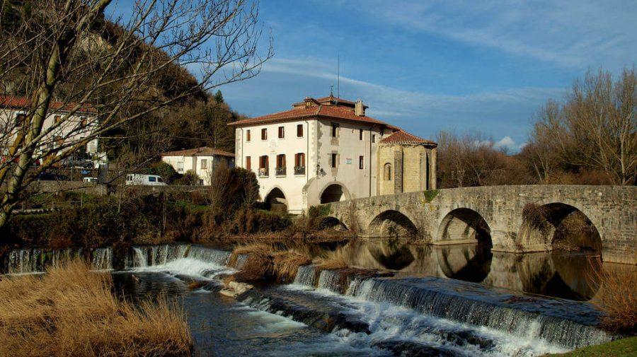 La Trinidad de Arre, Navarra :: Albergues del Camino de Santiago