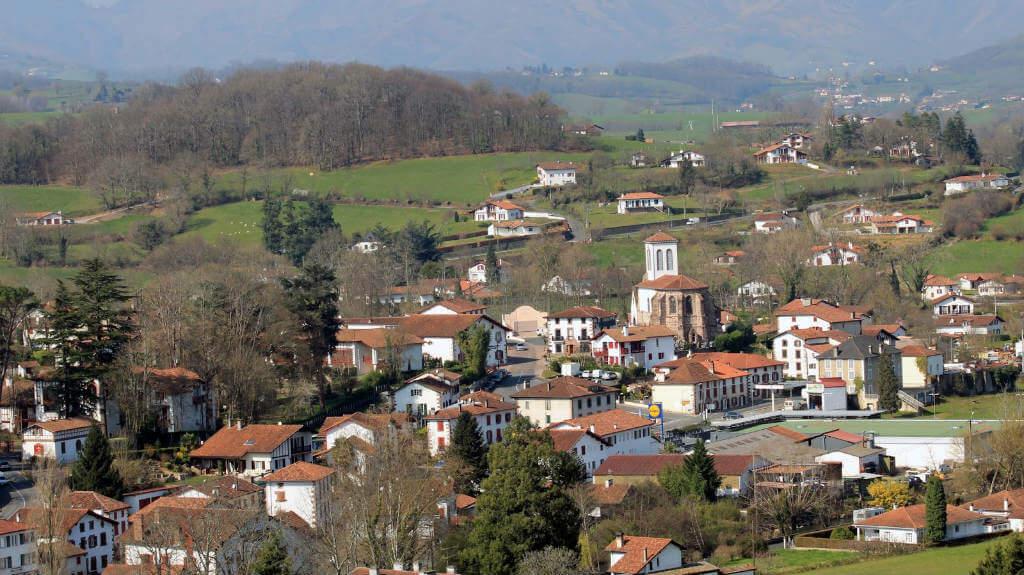 Uhart-Cize, Francia (Etapa de Saint-Jean-Pied-de-Port a Roncesvalles) :: Albergues del Camino de Santiago