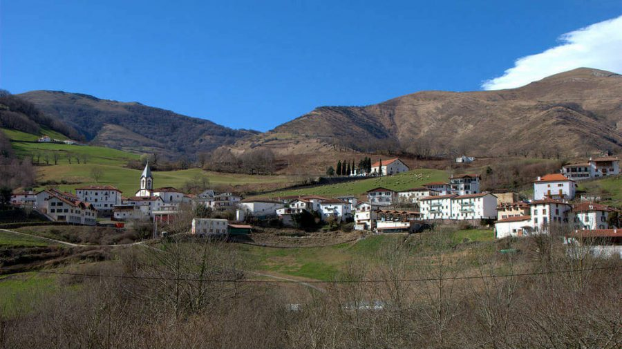 Valcarlos, Navarra - Camino Francés (Etapa de Saint-Jean-Pied-de-Port a Roncesvalles por Valcarlos) :: Guía del Camino de Santiago