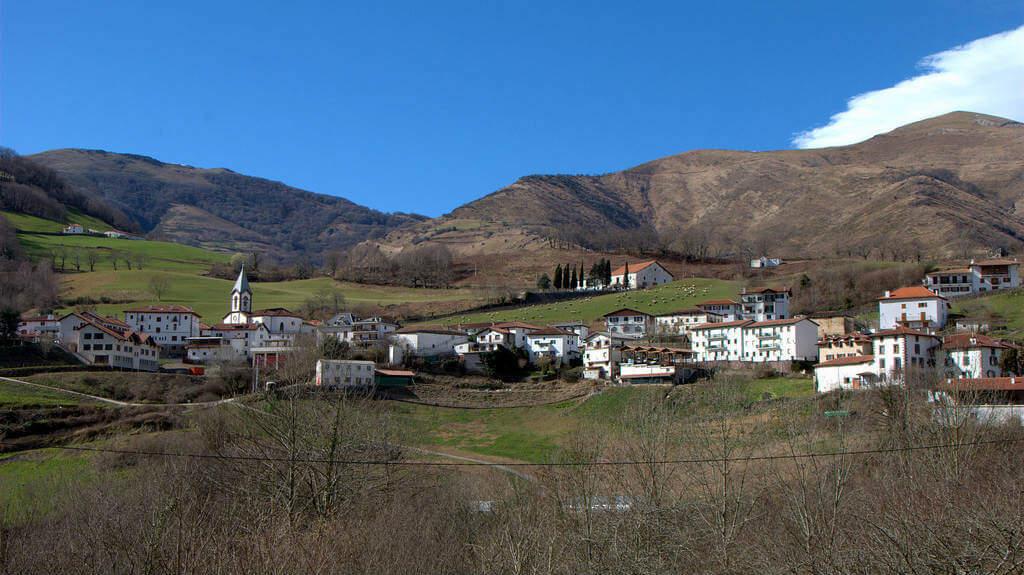 Valcarlos, Navarra (Etapa de Saint-Jean-Pied-de-Port a Roncesvalles por Valcarlos) :: Albergues del Camino de Santiago