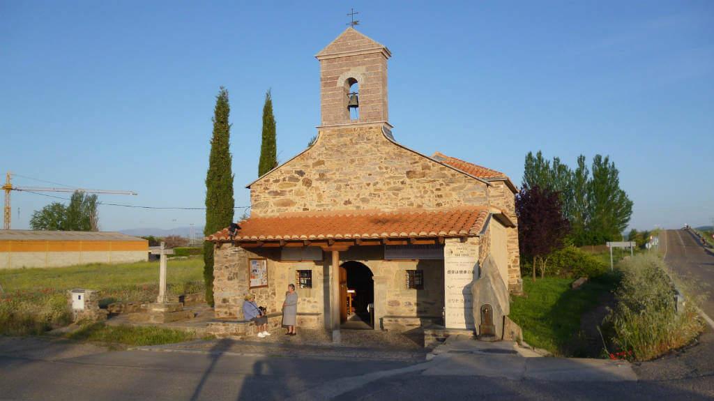 Ermita del Ecce Homo, Valdeviejas, León (Etapa Astorga - Rabanal del Camino) :: Albergues del Camino de Santiago