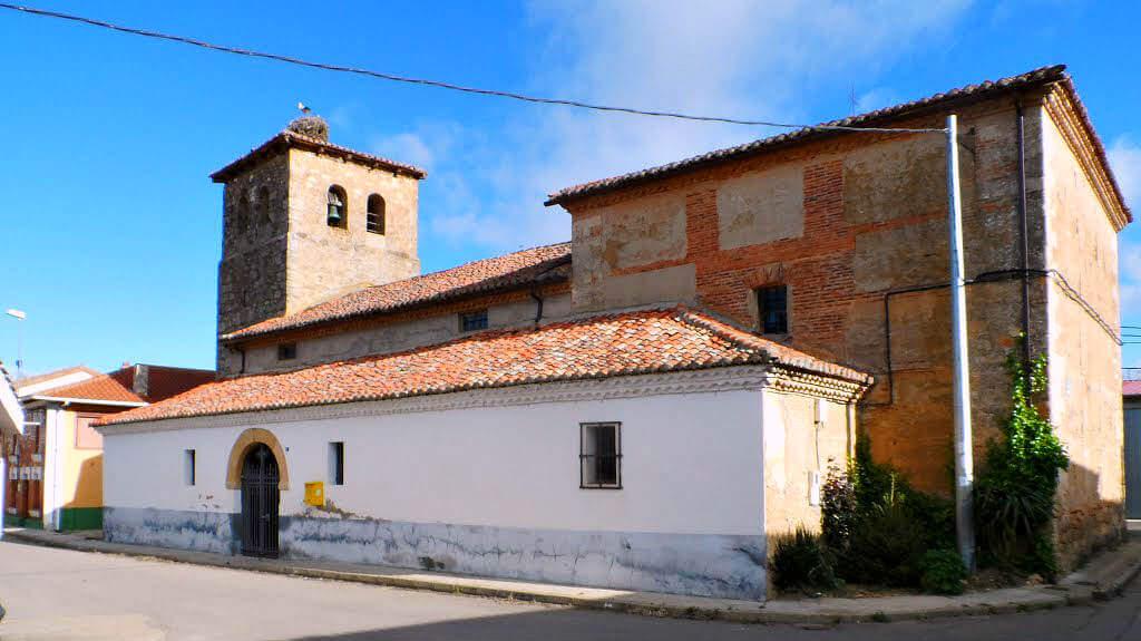 Iglesia de San Esteban, Villamoros de Mansilla, León (Etapa de Mansilla de las Mulas a León) :: Albergues del Camino de Santiago