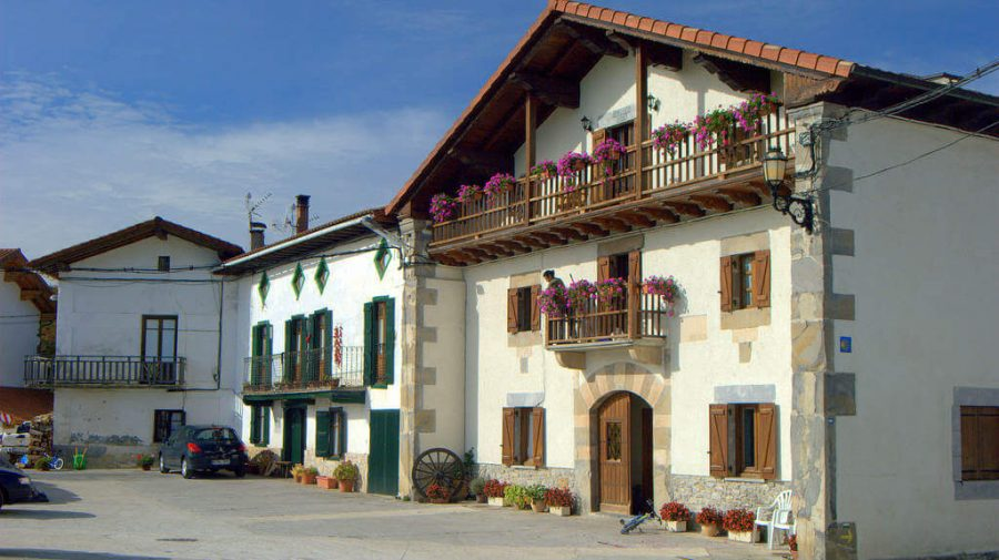 Viscarret, Navarra - Camino Francés (Etapa de Roncesvalles a Zubiri) :: Guía del Camino de Santiago