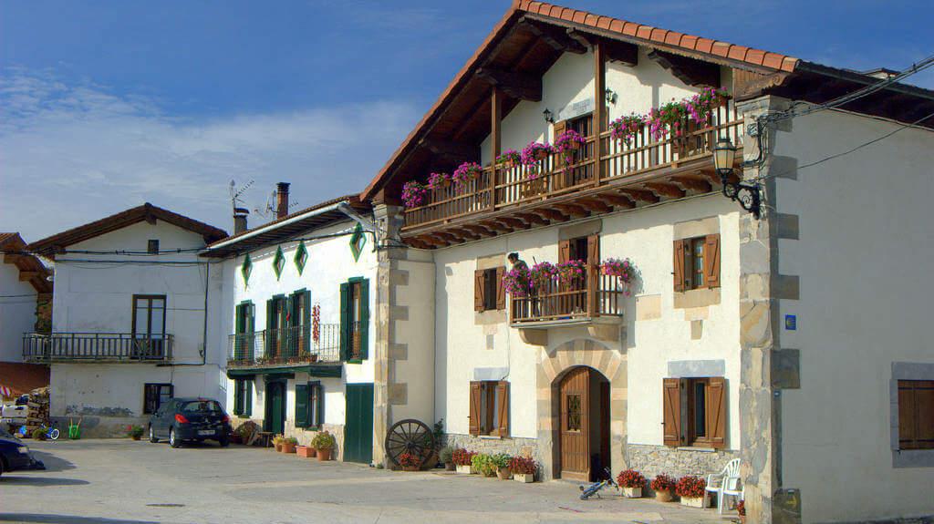 Viscarret, Navarra (Etapa de Roncesvalles a Zubiri) :: Albergues del Camino de Santiago