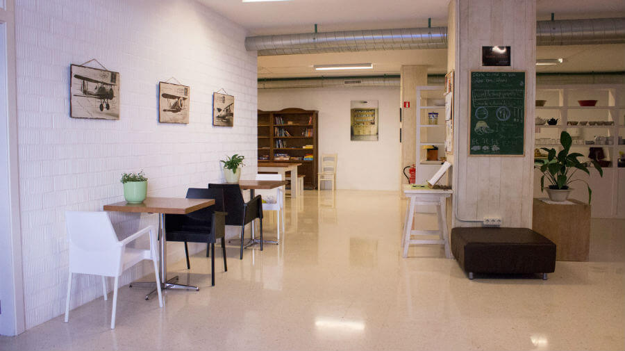 Albergue Aloxa Hostel, Pontevedra - Camino Portugués :: Albergues del Camino de Santiago