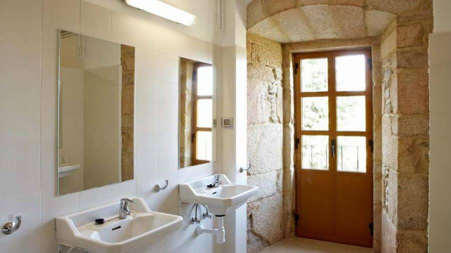 Albergue del Monasterio de La Magdalena, Sarria - Camino Francés :: Albergues del Camino de Santiago