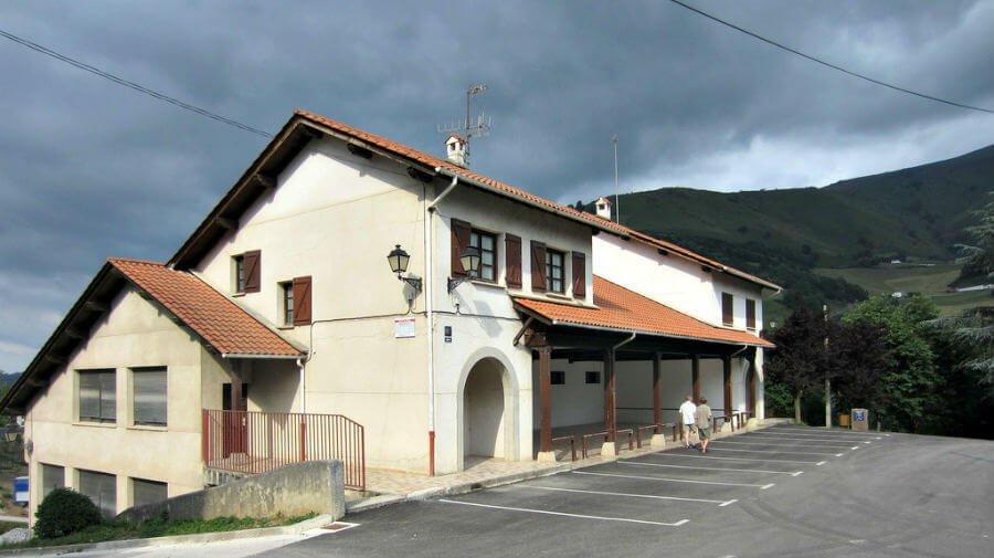 Albergue municipal de Valcarlos, Navarra - Camino Francés :: Albergues del Camino de Santiago