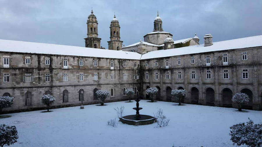 Albergue de peregrinos del Monasterio de Sobrado dos Monxes - Camino del Norte :: Albergues del Camino de Santiago