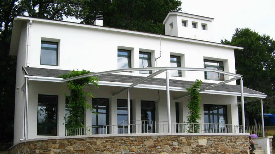 Albergue de peregrinos de la Xunta de Galicia, Barbadelo - Camino Francés :: Albergues del Camino de Santiago