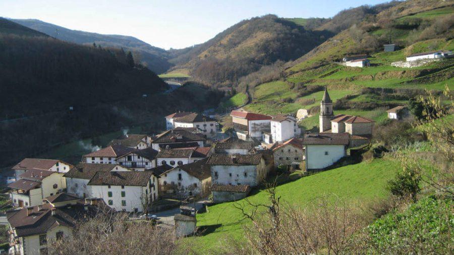 Almándoz, Navarra, Camino de Santiago Baztanés :: Albergues del Camino de Santiago