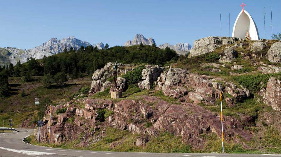 Alto de Somport, punto de inicio del Camino Aragonés :: Guía del Camino de Santiago
