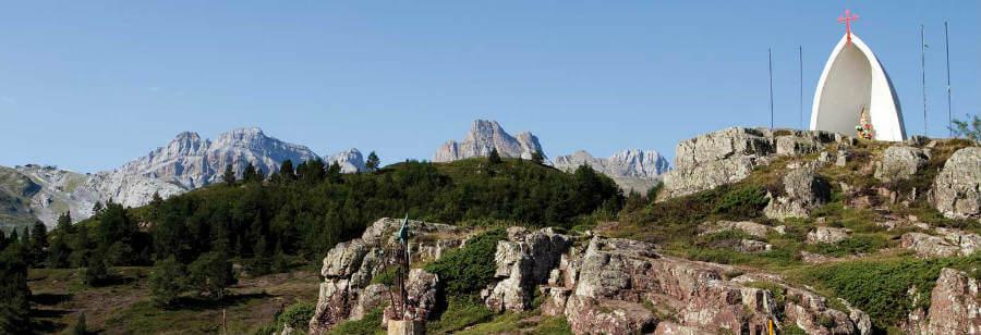 Alto de Somport, punto de inicio del Camino Aragonés :: Albergues del Camino de Santiago