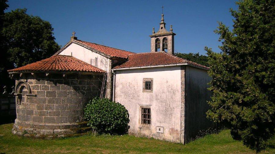 Iglesia de Santa María de Sendelle, Boimorto (La Coruña) - Camino del Norte :: Albergues del Camino de Santiago