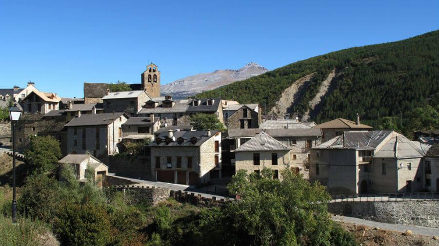 Castiello de Jaca, Huesca, Camino Aragonés :: Albergues del Camino de Santiago