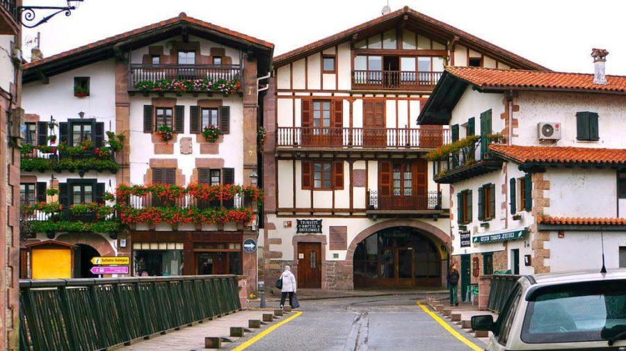 Elizondo, Navarra, Camino de Santiago Baztanés :: Albergues del Camino de Santiago