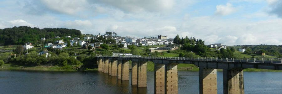 Panorámica de Portomarín, Camino Francés :: Albergues del Camino de Santiago