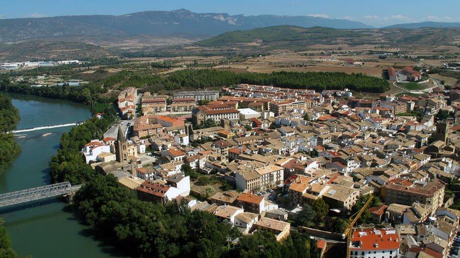 Vista aérea de Sangüesa, Navarra, Camino Aragonés :: Albergues del Camino de Santiago
