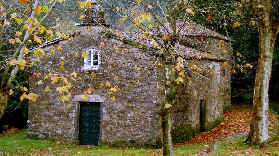 Capilla de Santa Irene, O Pino - Camino Francés :: Albergues del Camino de Santiago