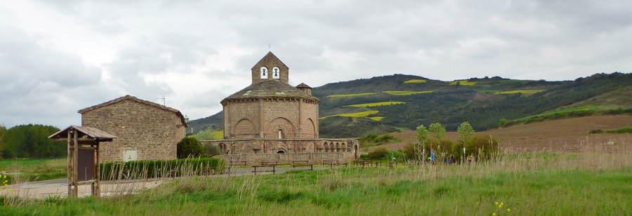 La iglesia de Santa María de Eunate, Navarra, un lugar mítico del Camino Aragonés :: Albergues del Camino de Santiago