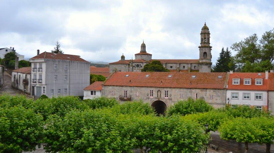 Sobrado dos Monxes, La Coruña - Camino del Norte :: Albergues del Camino de Santiago