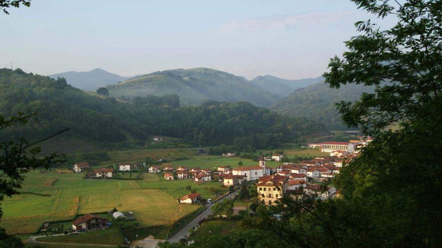 Vista panorámica de Urdazubi/Urdax, Navarra :: Albergues del Camino de Santiago
