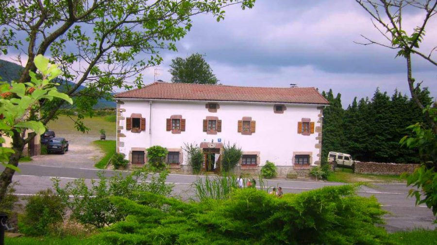 Venta de San Blas, Navarra, Camino de Santiago Baztanés :: Albergues del Camino de Santiago