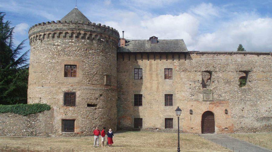 Castillo de Villafranca del Bierzo, León :: Albergues del Camino de Santiago
