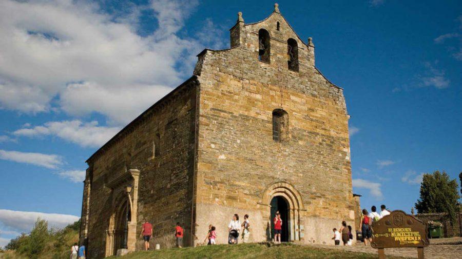 Iglesia de Santiago Apóstol, Villafranca del Bierzo, León :: Albergues del Camino de Santiago