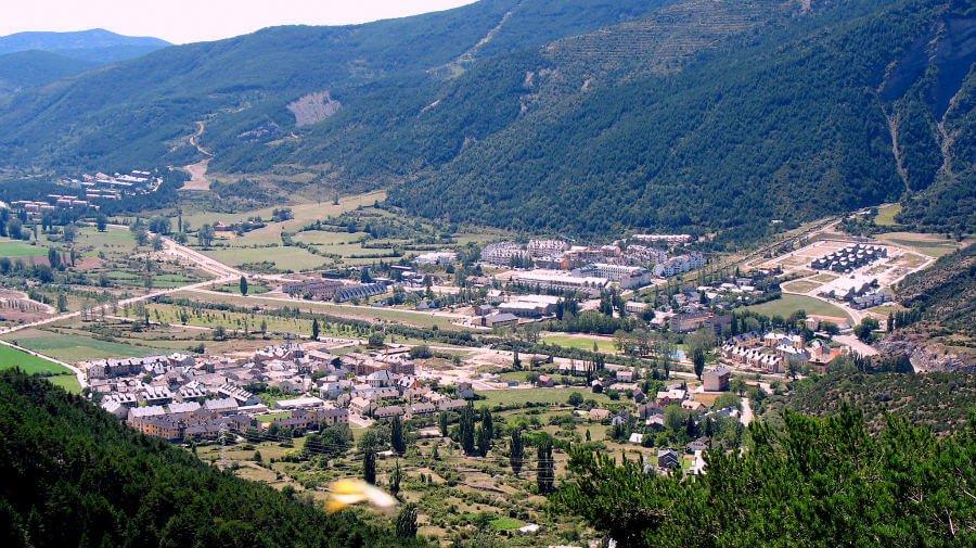 Villanúa, Huesca, Camino Aragonés :: Albergues del Camino de Santiago